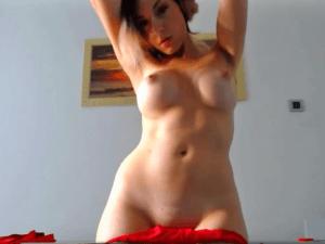 Imagen Española LLega al Orgasmo delante de la Cam