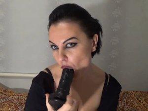 Imagen Esposa Infiel Porno en Streaming Jugando con su Coño