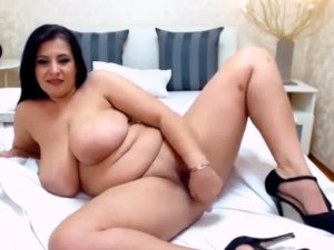 Milf Culona Follándose a más no Poder en la Webcam