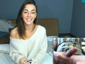 Image Chico Haciendose una Paja en Chat con la Novia de su Amigo